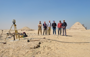 Part of the team in front of the pyramid of Djoser. Photo: Nicola Dell'Aquila.