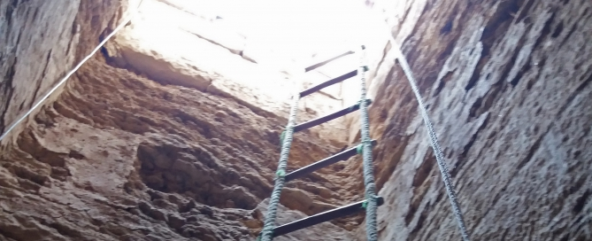 Rope ladder down into the shaft of Meryneith's tomb. Photo: Lara Weiss.